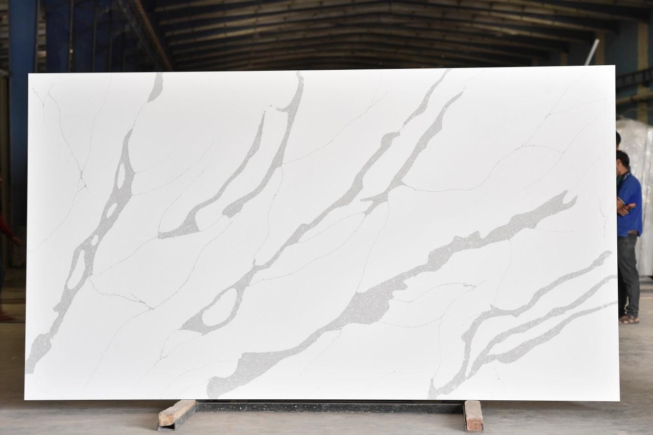 Calacatta Quartz Slabs