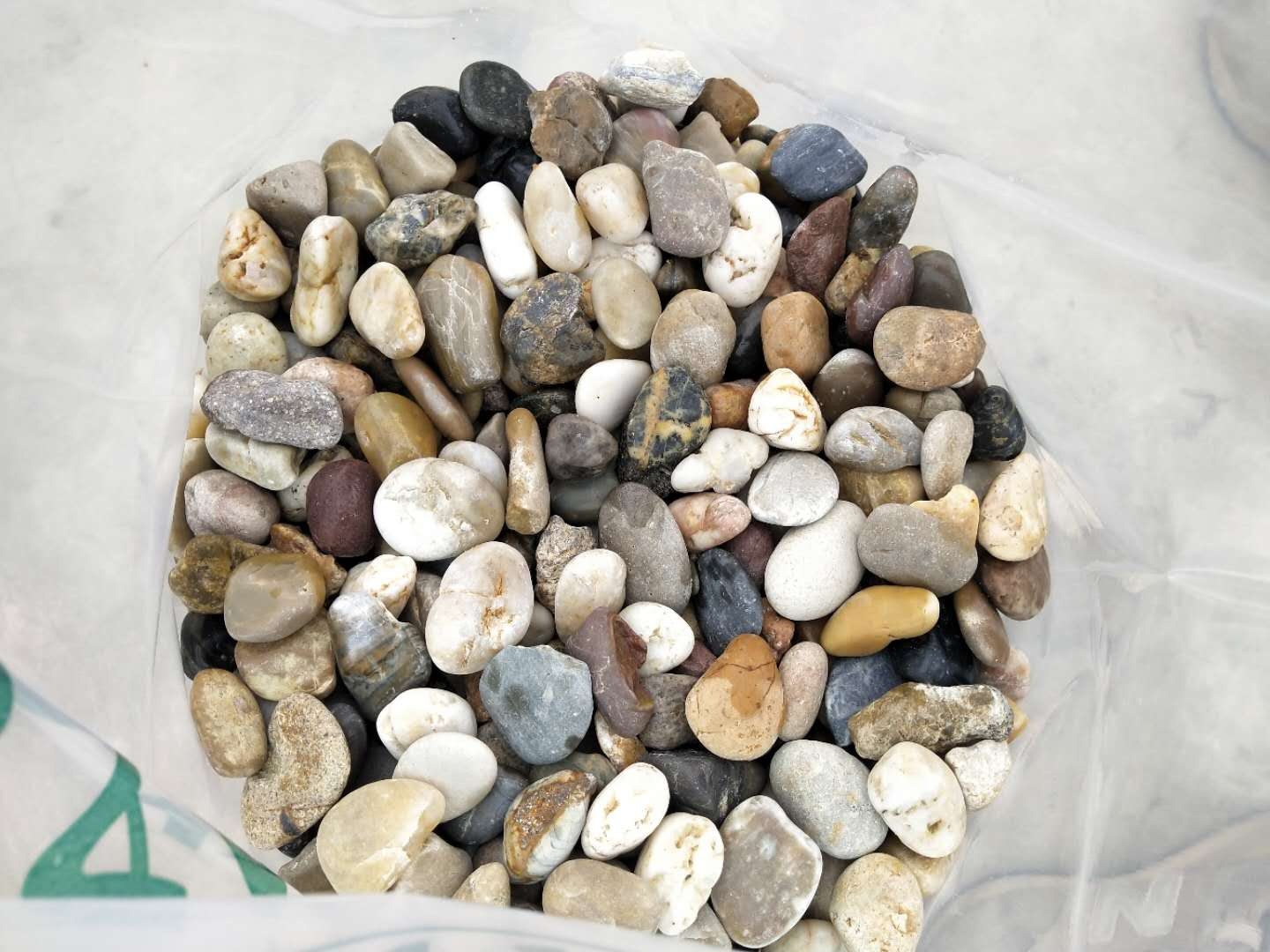 Landscaping Stone Natural unpolished River Pebble
