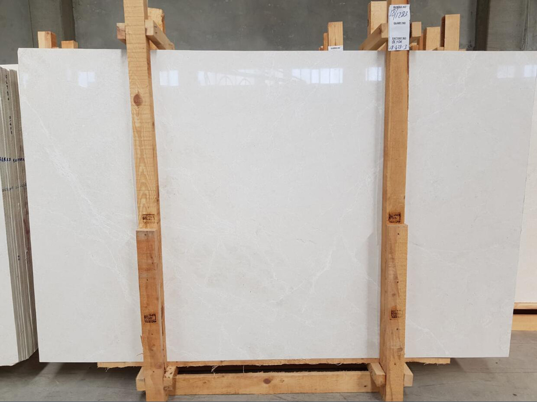 Snow White Marble Polished Slabs